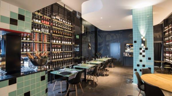 Vista sala - La Barra del Gourmet, Barcelona