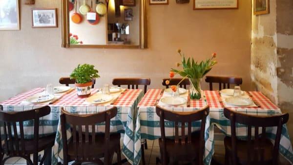 Table dressée - Chez Rosito, Paris
