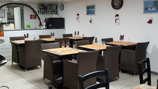 Salle du restaurant - Le Delicious Snack Pizza Restaurant, Martigues