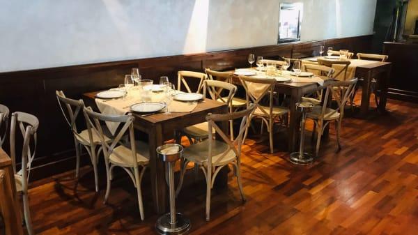 sala interna - Inches Ristorazione, Specialità Siciliane, Carne e Pesce Alla Brace, Rome