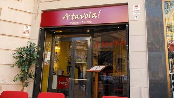 Vista fachada - A Tavola, Barcelona