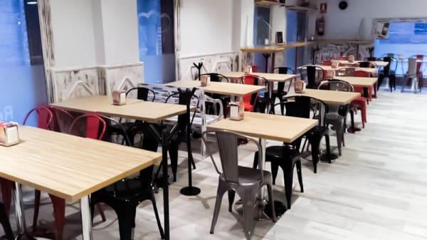 Vista sala - Plademunt. El restaurante Imaginario, Alcalá de Henares