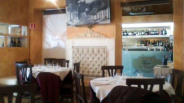 Sala - Taverna Cairoli, Rome
