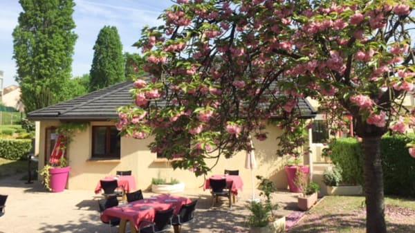 Terrasse - Iroko, Neuilly-sur-Marne