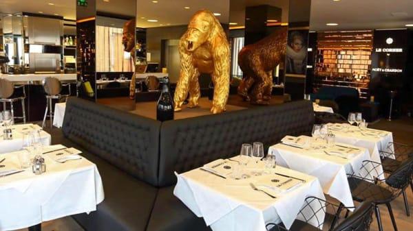 Salle du restaurant - Le Corner, Lens
