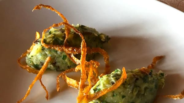 Tortino di porri e patate - santise' cucina piemontese contemporanea, Calliano