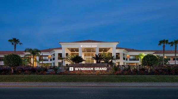 Grandbar - Wyndham Grand, Almancil