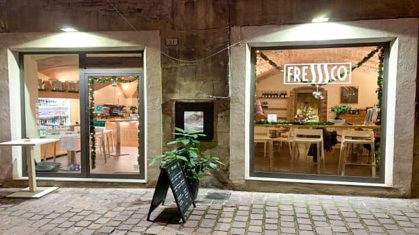 Entrata - Fresssco, Perugia