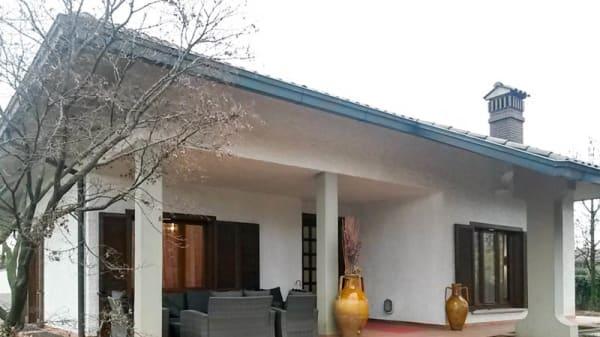L'ingresso - Al Cantinone