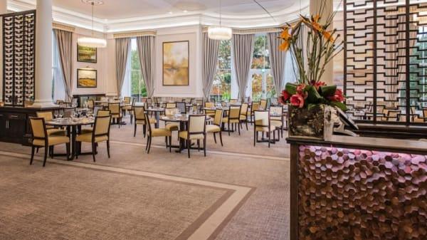 Mulberry Restaurant at Oatlands Park Hotel, Weybridge