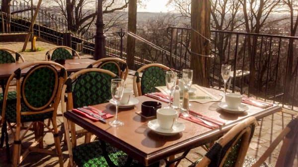 Terrasse - Corcorans Sacre Coeur, Paris