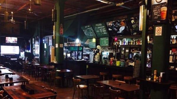 Salon 1745 Bar Resto - 1745 Bar Restó, Buenos Aires