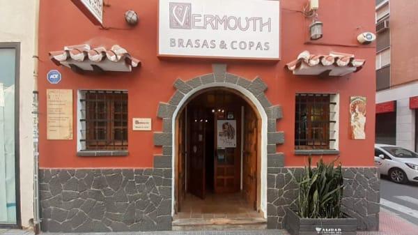 Fachada - Vermouth Brasas y Copas, Málaga
