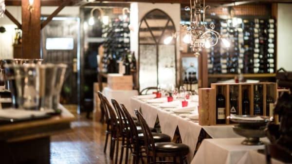 Restaurant - Caterina's Cucina e Bar, Melbourne (VIC)