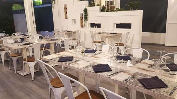 Sala del ristorante - Carboni Ardenti, Foggia