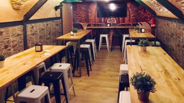 Vista sala - Solo de Croquetas, Madrid