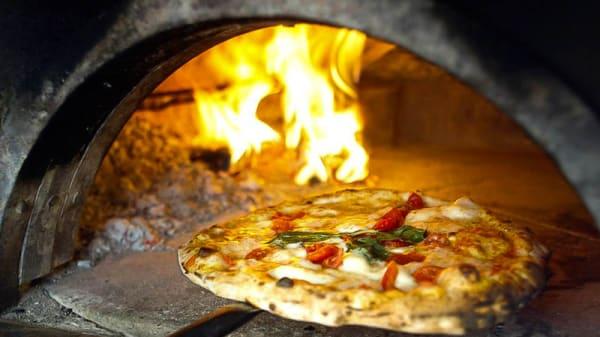 Il forno a legna - Chirimoya, Genzano Di Roma