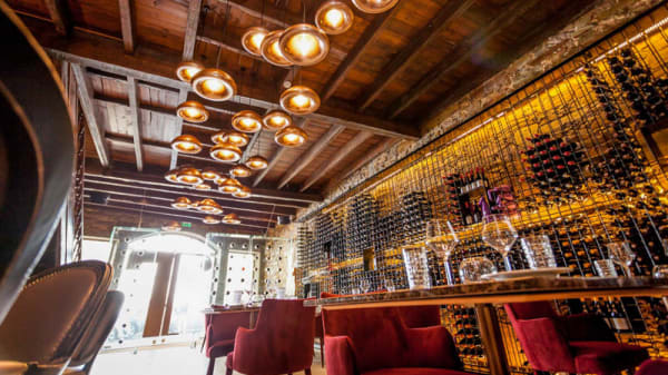 Vista da sala - T - Food, Wine & Fun, Santo Tirso