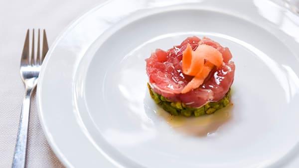 Tartare di tonno con avocado - Little Kitchen, Milan