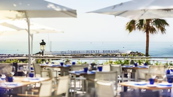 Terraza - Sea Grill - Puente Romano Beach Resort & Spa, Marbella