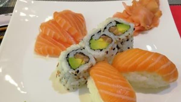 assortiment de sushi - Top Sushi, Noisy-le-Sec
