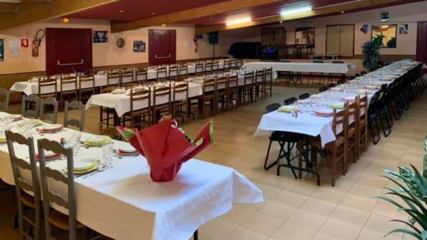 Vue de la salle - Kinoux'S Hôtel Restaurant, Sainte-Nathalène