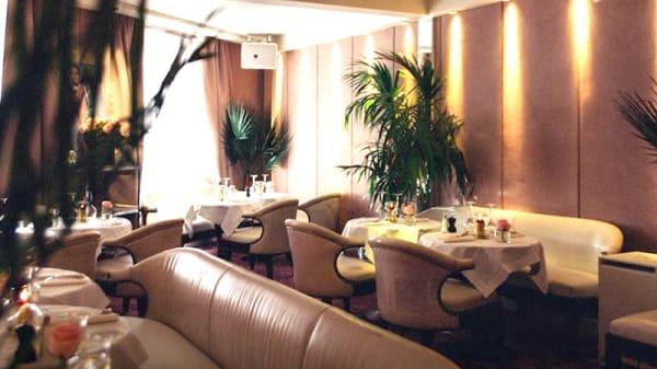 Vue de la salle - Café Chic, Paris
