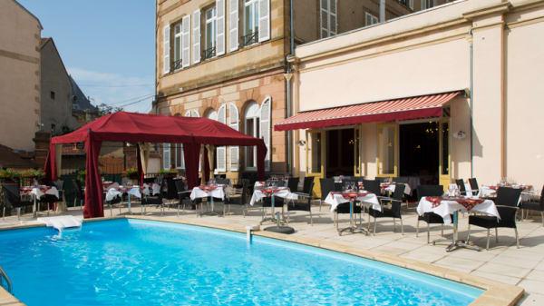 Piscine - Restaurant 1834, Moulins