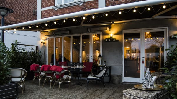 Outside - Torvets Brasserie, Ballerup