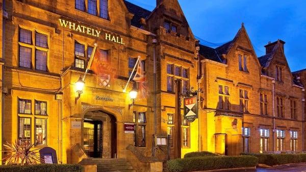 Entrance - Whately Hall Hotel, Banbury