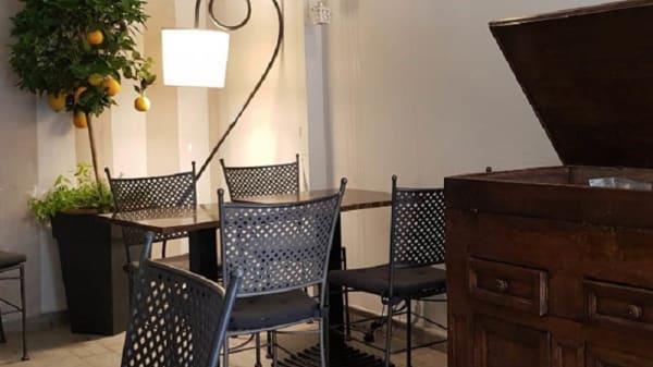 Vista sala - Dixeebe Lounge & Bistrot, Pisa