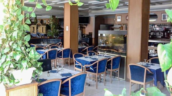 Terrasse - La Taverna d'Umberto, Champigny-sur-Marne