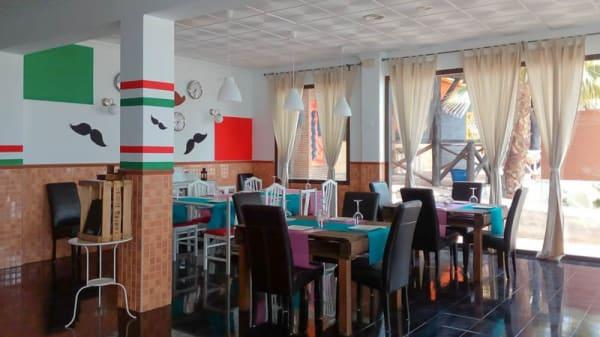 Vista sala - La Rompiente con México, Torrox Costa