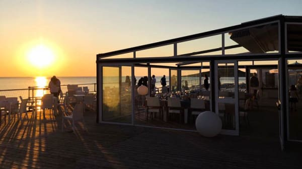 Terrazza - Beach Club Lido Aperitivi Ristorante, Isola Delle Femmine
