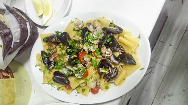 Piatto - Gust'Amè, Napoli