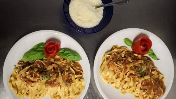 Tagliatelle al ragù - Tasty restaurant, Arezzo