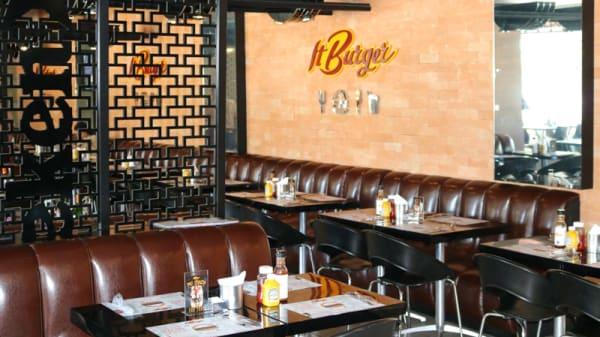 Sala - It Burger, São Paulo