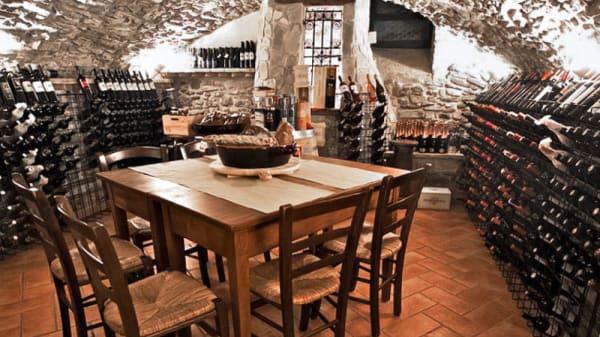 sala-cantina - Osteria della tagliatella, Savigno
