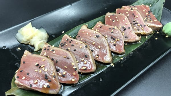 tataki de atun y salsa ponzu del chef - Kiku Japones, Barcelona