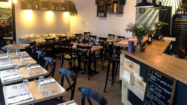 Salle du restaurant - Pane Olio e Pomodoro, Paris