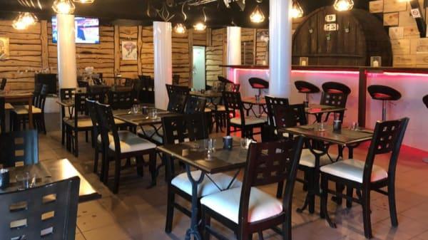 Salle du restaurant - La Piscine, Soustons