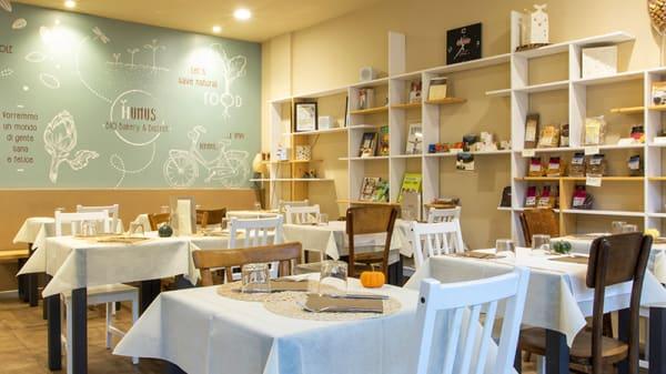 Vista della sala - Humus Bio Bakery Bistrot, Parma