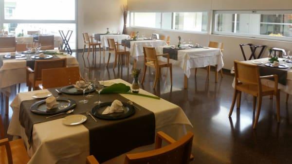 Vista sala - INS Escola d'Hoteleria i Turisme de Barcelona - Restaurant Pedagògic (Menú Degus, Barcelona