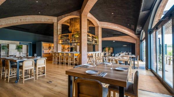 Vista de la sala - Jardí Restaurant El Celleret - Familia Torres, Pacs Del Penedes