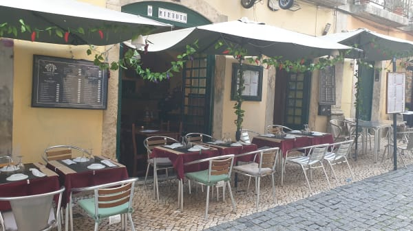 O Minhoto, Lisboa