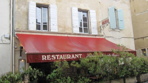 plaza - Le Plaza - La Paillotte, Arles