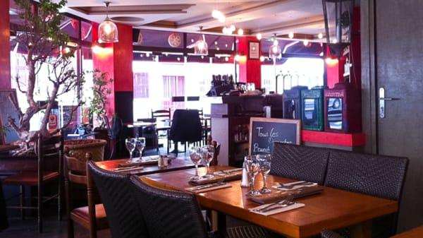 Vue des tables - Le Spicy Lounge, Paris