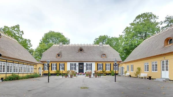 Ute - Restaurant Bellahøj, København