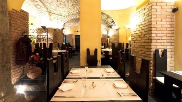 Taverna Santa Maria de Domno, Salerno