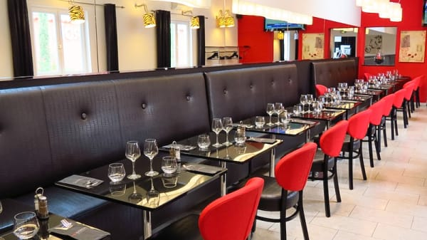 salle - Caffé Baroni, Décines-Charpieu